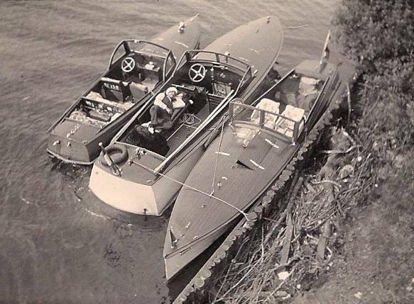 ca 1938 Opa, op de Drecht bij Loosdrecht